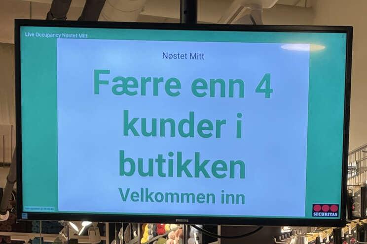 Monitor i butikk