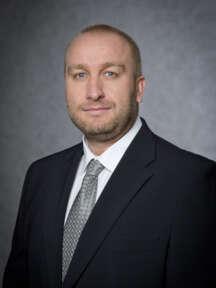Miroslav Exler se pohybuje v oboru komerční bezpečnosti od r. 1996, v SECURITAS ČR působí od r. 2002. V současné době je zodpovědný za Area Key Customers.