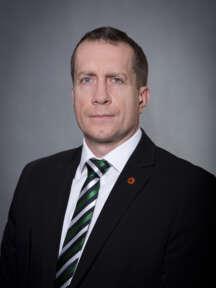 Tomáš Franek se pohybuje v oboru komerční bezpečnosti od r. 2003. V SECURITAS ČR působí od r. 2014. Aktuálně je odpovědný za Area SSVČ a je prokuristou společnosti.