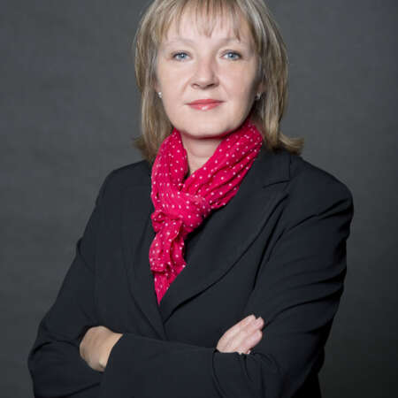 Markéta Moravcová působí ve společnosti SECURITAS ČR od r. 2000 jako finanční ředitelka. Je odpovědná za finanční oblast a servisní složky společnosti.