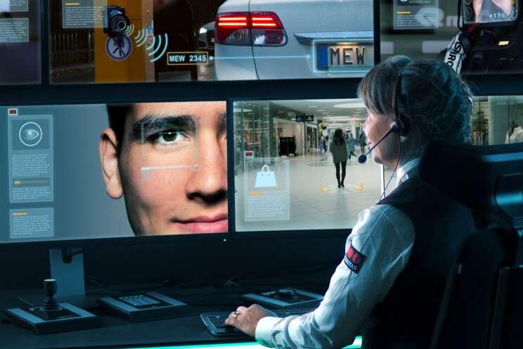 Inovativní bezpečnostní technologie Securitas vám zajistí vysoký standard zabezpečení a optimalizaci nákladů. eRecepce, eVrátnice, chytrý parkovací systém, videodohled nové generace. Návrh, instalace, revize , servis.