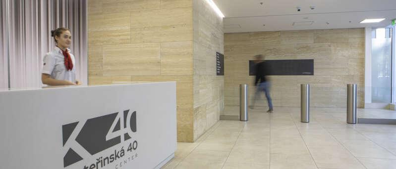 Recepční služby v budově Kateřinská 40 Business Centre, kde má sídlo i SECURITAS ČR.